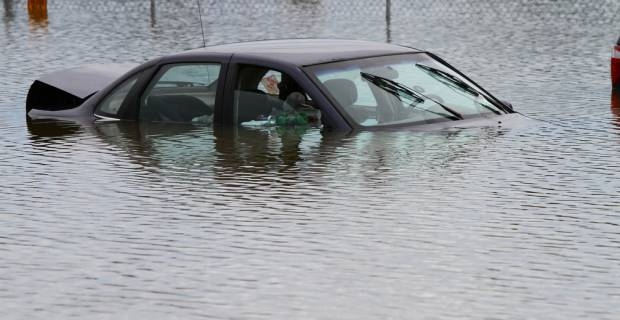 cotxe inundat
